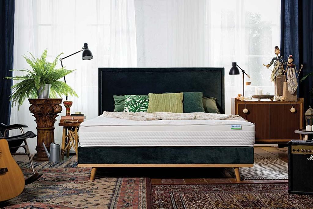 Łóżko do sypialni, model MiMi-Ko z materacem Salsa marki Hilding