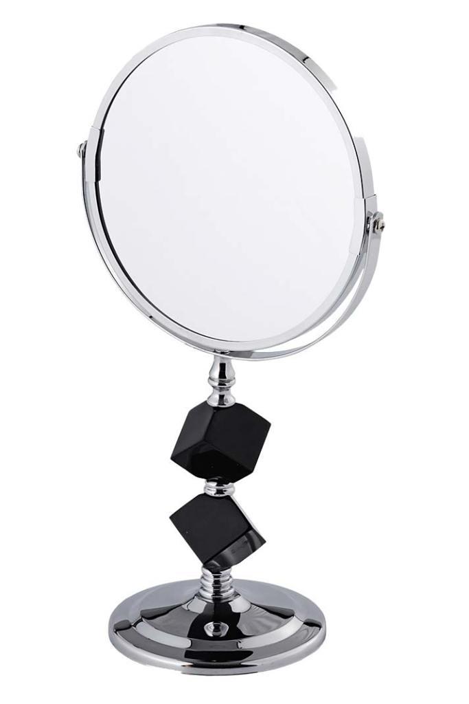 Kobieca łazienka - nie może zabraknąć okrągłego stojącego lustra Cubello od Home&You