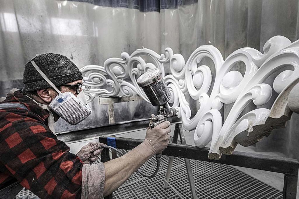Prace malarskie w zakładzie produkcyjnym firmy Schody Trąbczyński