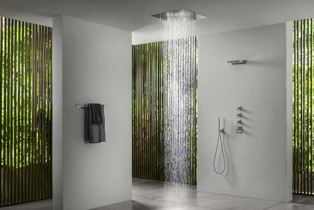 Prysznic dla dwojga, aranżacja marki AQUATEC