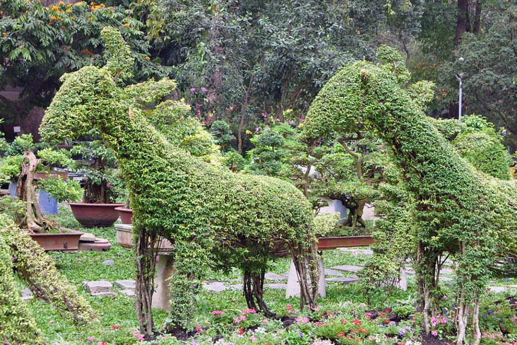 Topiary wkształcie jeleni