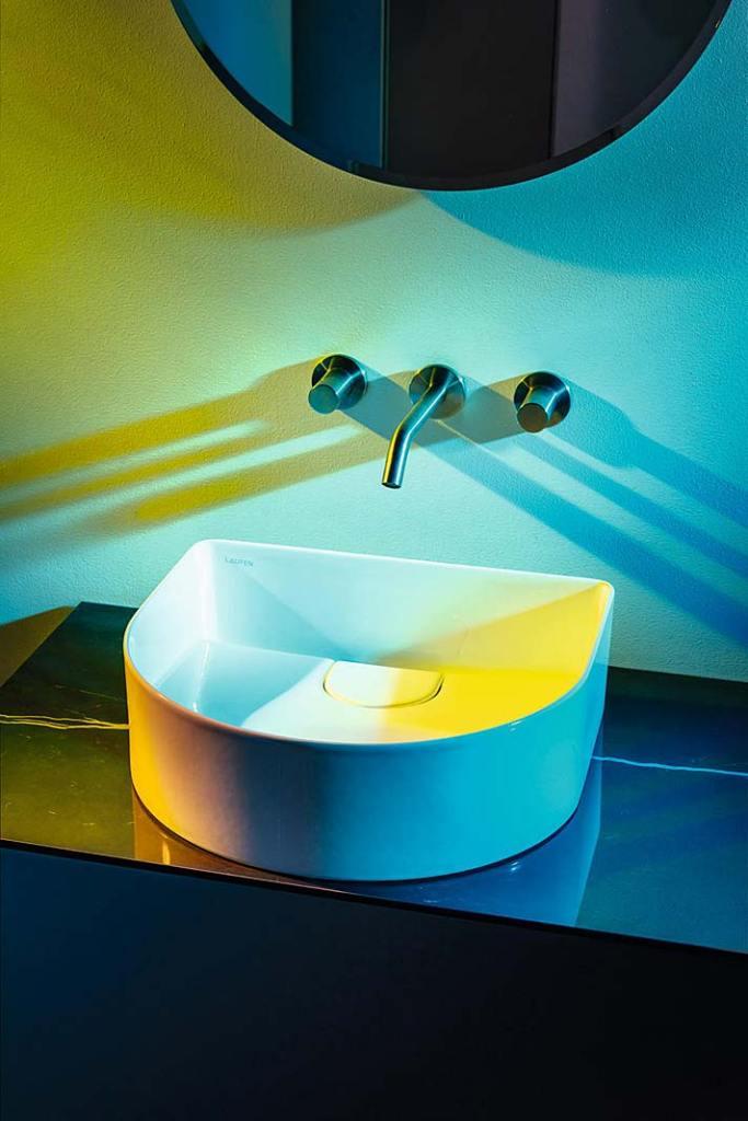 Umywalka Laufen Sonar wykonana z materiału Saphir Keramik®