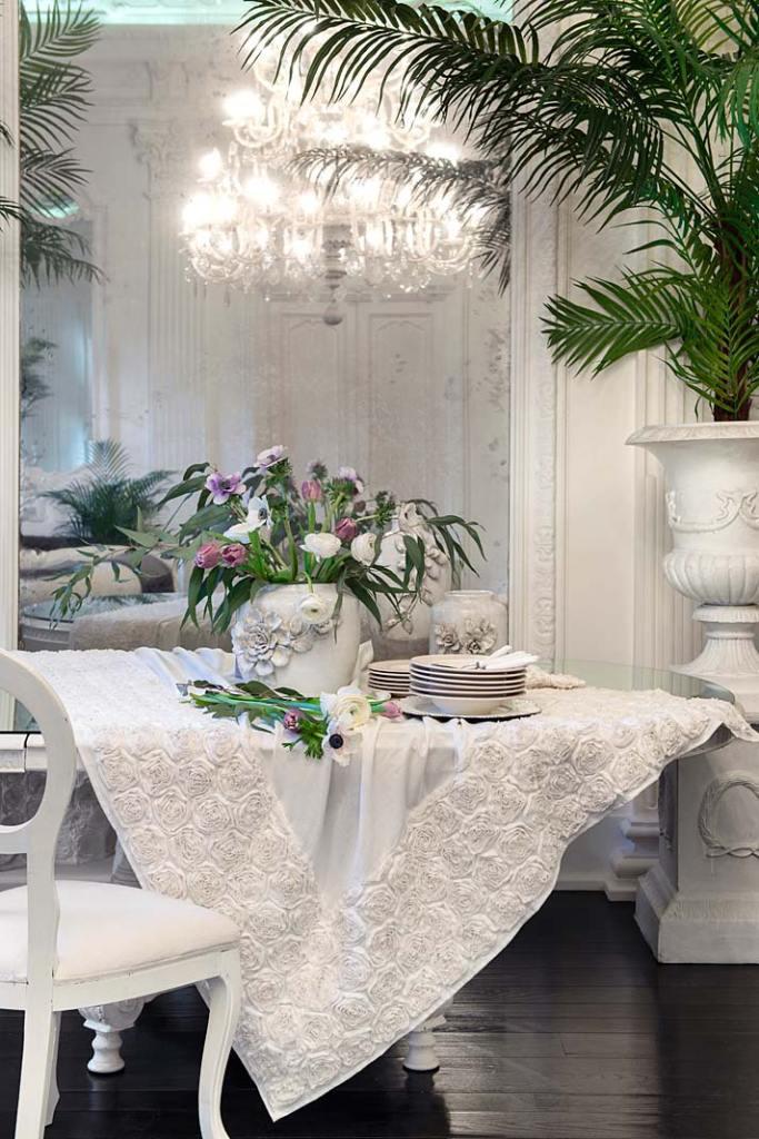 Elegancka jadalnia, obrus Deco Rose od Blanc MariClo'