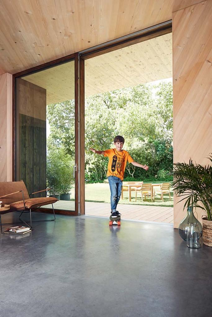 Drewniane drzwi tarasowe Portal HS marki Siegenia
