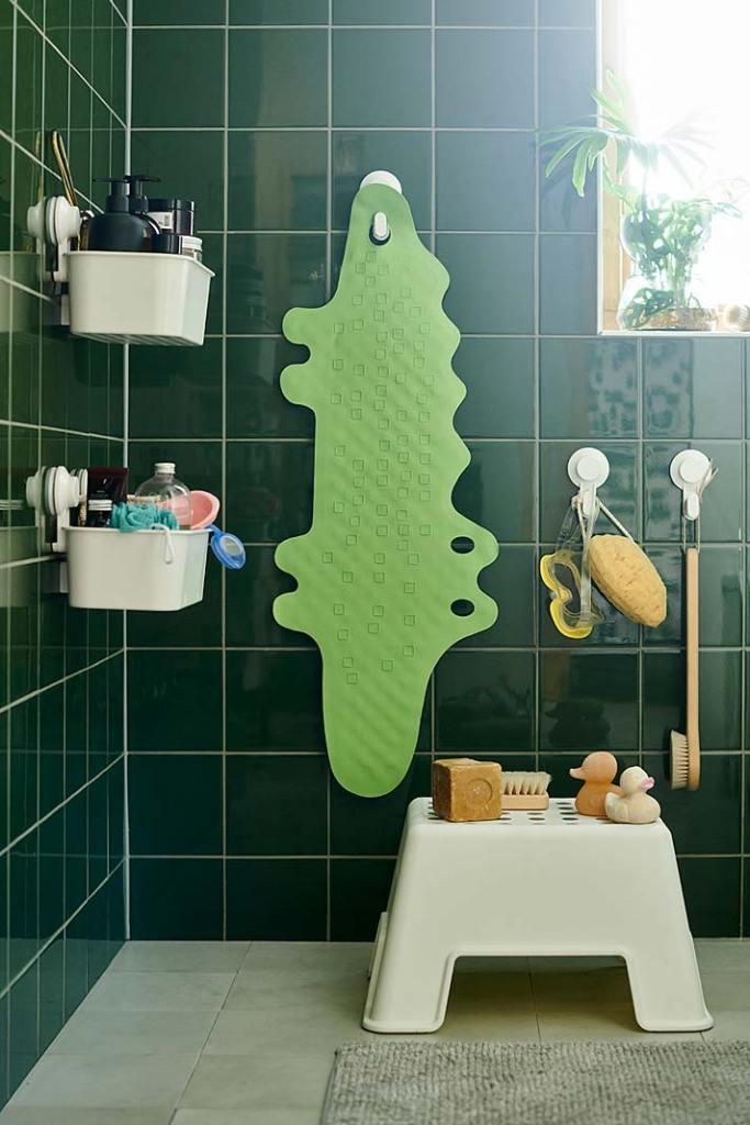 Dziecięca łazienka bezpieczna i wygodna, aranżacja IKEA