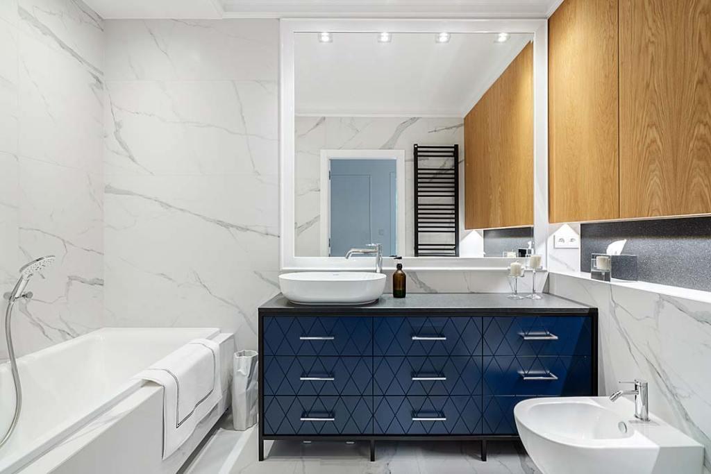 Szafka podumywalkowa SLS Meble, praktyczny i piękny element łazienki