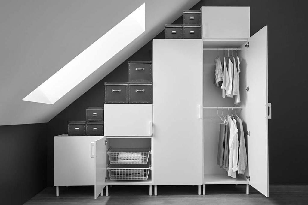 Mini garderoba pod skosem, system szaf Platsa od IKEA
